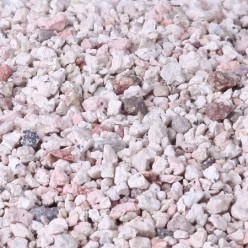 Bentonite clay desiccant