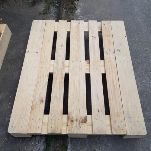 pallet gỗ Châu Âu